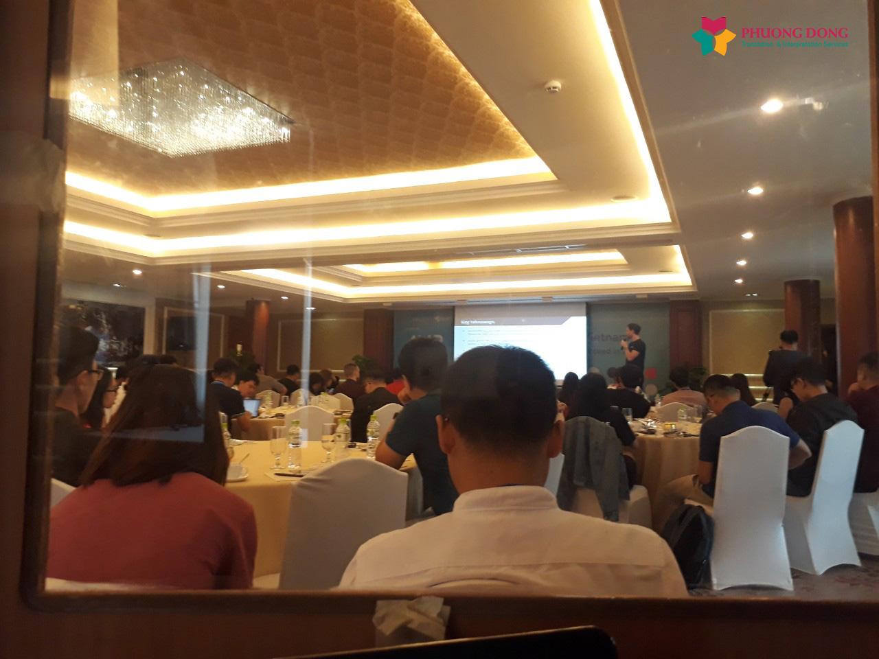 Phiên dịch Cabin Anh - Việt về Mobile Gaming