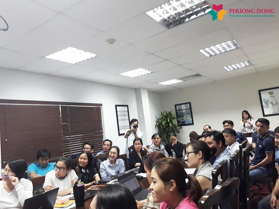Phiên dịch hội thảo Anh Việt cho về phòng bệnh ung thư cho bệnh viện Hoàn Mỹ