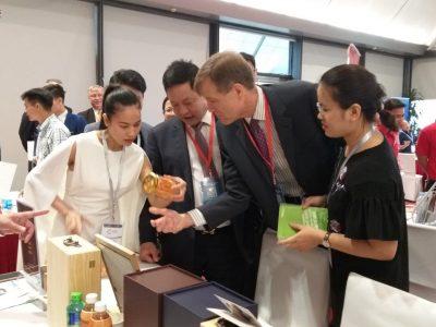 Phiên dịch tiếng Anh tại diễn đàn kinh tế tư nhân cho cty Thảo Dược Tam Đảo