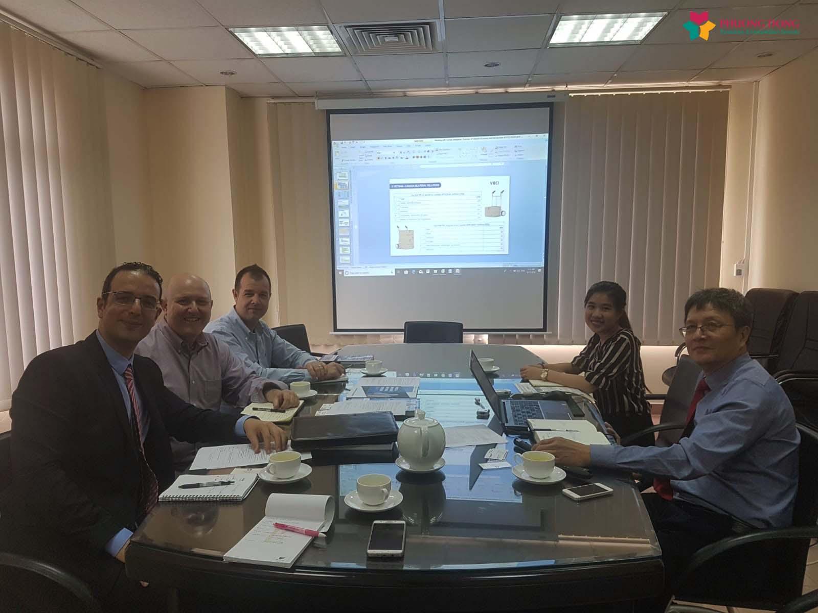Phiên dịch Anh Việt cho tập đoàn Soucy từ Canada đến nghiên cứu thị trường đầu tư vào Việt Nam