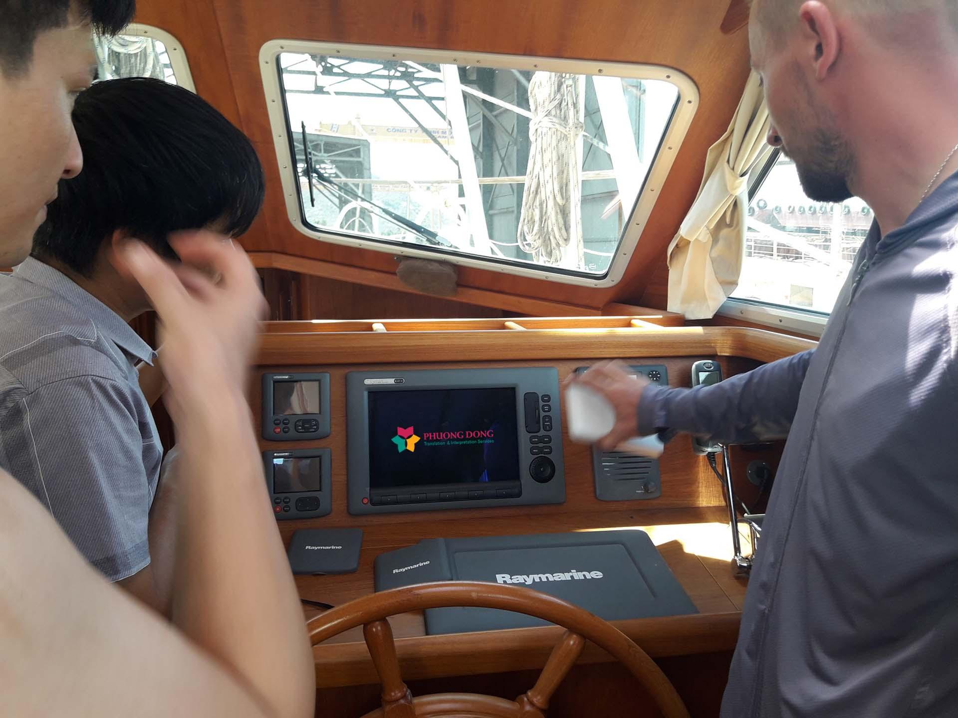 Phiên dịch tiếng Anh về du thuyền tại Cam Ranh - Khánh Hòa 6