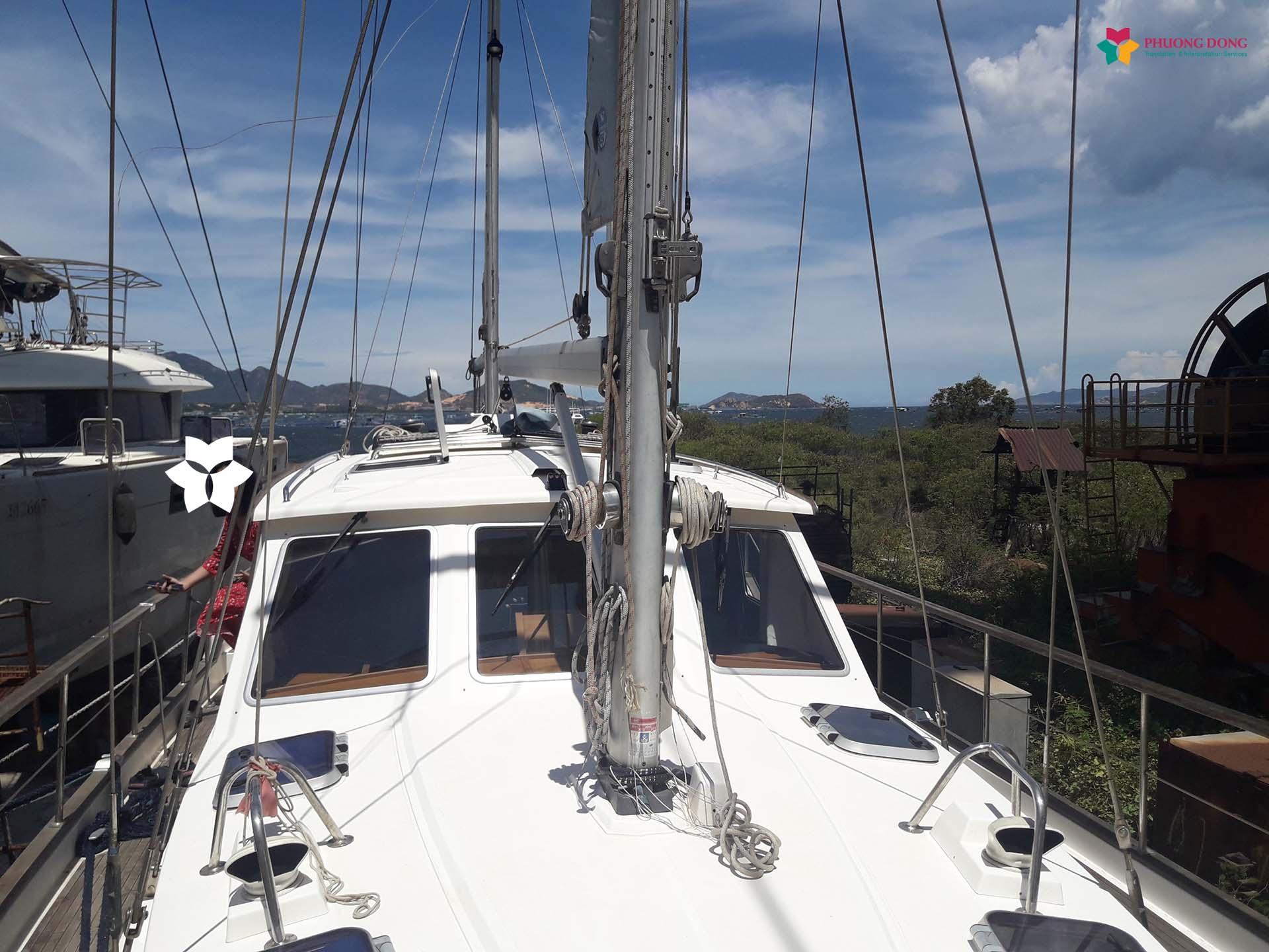 Phiên dịch tiếng Anh về du thuyền tại Cam Ranh - Khánh Hòa 7