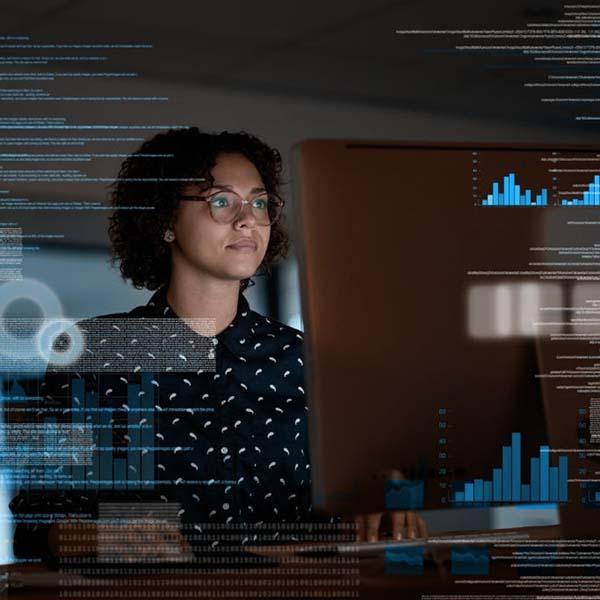 Chuyên gia hàng đầu trong lĩnh vực dịch thuật công nghệ thông tin truyền thông
