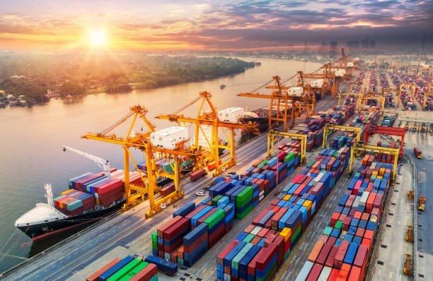 Phiên dịch chuyên ngành hàng hải, cảng biển và tàu du lịch
